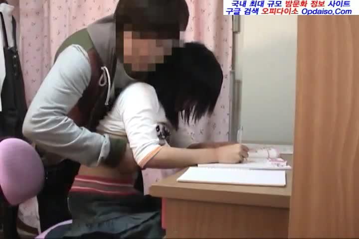 素晴らしい!!間違い無し!!家庭教師のJK宅の勉強机でやる気のない生徒をハメ倒して説教するSキャラ先生